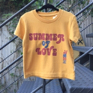 SUMMER OF LOVE PEACE Tシャツ キッズ MUSTARD